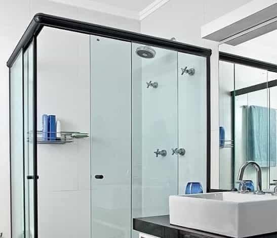 porta de vidro para banheiro